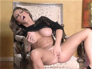 super-steamy Jenna Presley frolicking with her fleshy pink wet labia until she blows a load