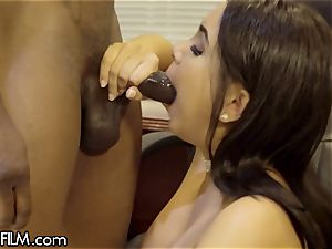 cheating wifey Aaliyah Hadid loves Her Bosses big black cock
