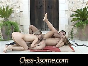 passionate bang with two delightful honies