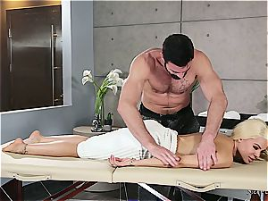 Married platinum-blonde cutie getting ultra-kinky by a beefy massagist