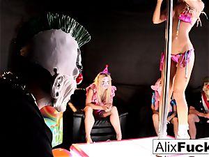 ultra-kinky Clown unwrap Club lesbian plumbing