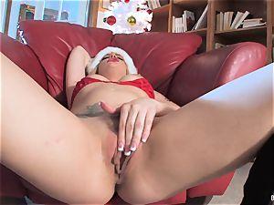Bailey Blue is Santa's nasty lil' hel