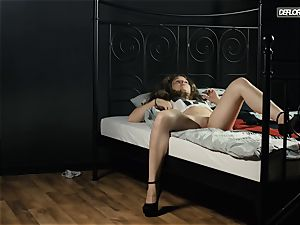 Solo casting of a super-fucking-hot Hungarian virgin Konoplya