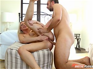 Anikka Albrite wants to be torn up deep in the ass by Keiran Lee