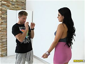 Latina beauty Mia clittie poked rigid