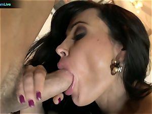 Pretty lady Lisa Ann craving for a man's fluid