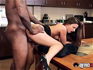 stunner Amirah Adara facialized after multiracial dicking