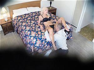 nasty Nina Elle pokes her dude at the motel