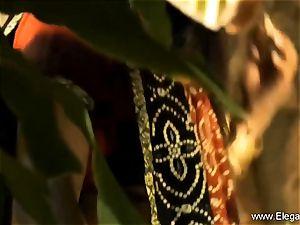 voluptuous pleasures From delicious Indian mummy