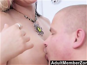 AdultMemberZone super-sexy massage Leads to