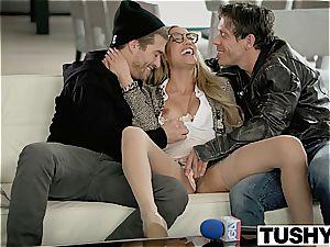 TUSHY Chloe Amour tries dual penetration