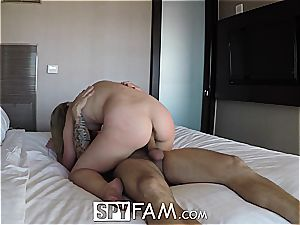 SpyFam Step sister Alyssa Cole wants step step-brother shaft