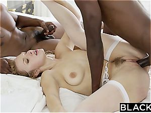fantastic glamour wife in first-ever multiracial 3some
