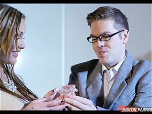 Chantelle Fox plunged deep with phat man-meat