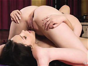 Top tribbing supple brunettes Valentina Nappi and Cat Spark