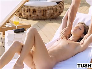 TUSHY Gina Gerson Gapes For Her greatest friend's daddy