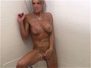 Armani Knight Soapy douche