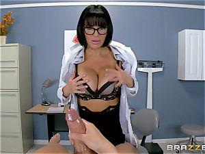 Veronica Avluv makes sure this super hot patient is entirely satisfied