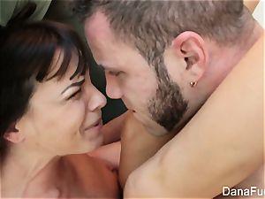 Dana DeArmond and wolf Hudson