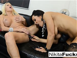 steamy Russian Nikita Von James plumbs porn pioneer Lisa Ann