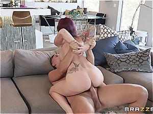 buxomy milf enjoys to get naughty with the help of her valet