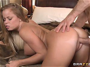 red-hot wifey Nikki Delano cheats with her neighbor