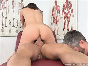 Jade Nile Has Her hubby blow spear and see Her