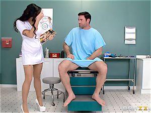 plums busting nurse Karlee Grey jerks man meat with ease