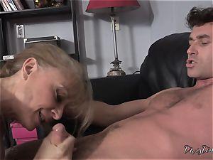 Mature Nina Hartley office penetrate with James Deen