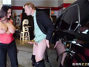 steaming cop Ava Addams takes advantage of a chance grab
