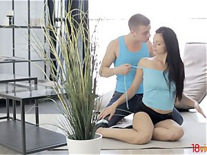 legitimate Videoz - Sporty duo anal invasion workout